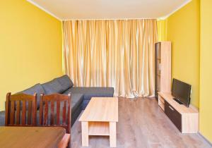 Evi Apartments 2, Apartmanok  Pomorie - big - 24
