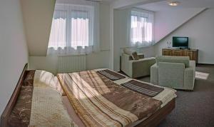Penzion Na Dlouhé, Bed and Breakfasts  Uherské Hradiště - big - 10