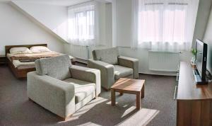 Penzion Na Dlouhé, Bed and Breakfasts  Uherské Hradiště - big - 8