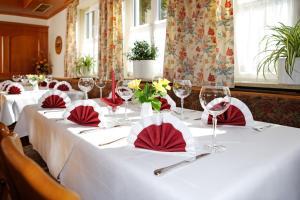 Hotel Landgasthof Gschwendtner, Hotely  Allershausen - big - 11