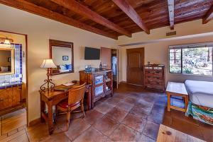 Hacienda Del Sol Guest Ranch Resort (28 of 41)