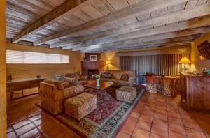Hacienda Del Sol Guest Ranch Resort (29 of 41)