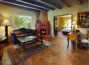 Hacienda Del Sol Guest Ranch Resort (30 of 41)