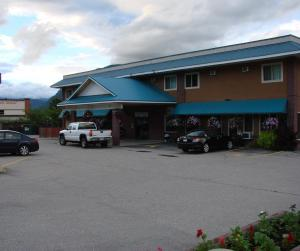 Canada's Best Value Inn and Suites