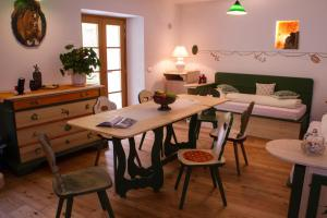 AD Fort Hensel, Hotels  Malborghetto Valbruna - big - 8