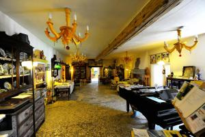 AD Fort Hensel, Hotels  Malborghetto Valbruna - big - 38