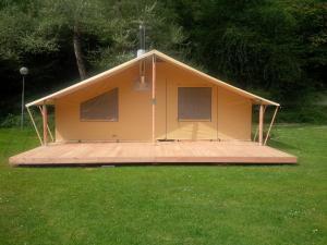 Camping Colline de Rabais, Kempingek  Virton - big - 17
