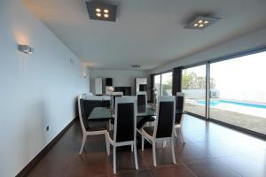 Villa Panoramica by HR Madeira, Виллы  Арку-да-Кальета - big - 18