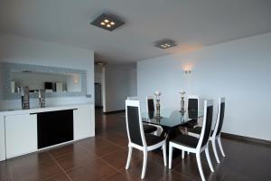 Villa Panoramica by HR Madeira, Виллы  Арку-да-Кальета - big - 28