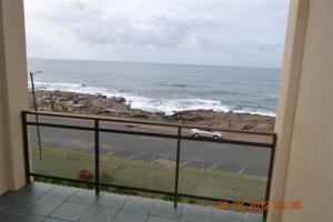 15 Superior Two-Bedroom Apartment Sea View Unit - Top Floor