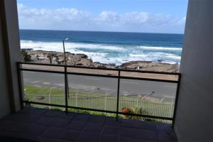 17 Superior Two-Bedroom Apartment Sea View - Top Floor