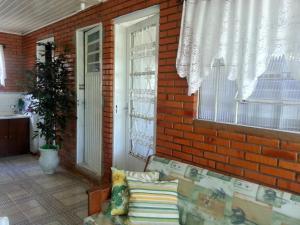 Casa Gramado II, Hostelek  Gramado - big - 2