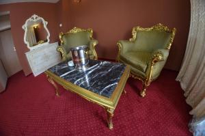 Hotel Le Baron, Hotel  Timisoara - big - 18