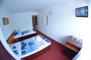 Hotel Le Baron, Hotel  Timisoara - big - 9
