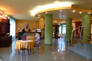 Hotel Le Baron, Hotel  Timisoara - big - 36