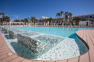 Grand Palladium White Island Resort & Spa (2 of 47)