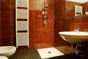 Albergo Al Caminetto, Hotels  Nago-Torbole - big - 6