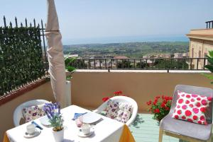 B&B La Finestra sulla Valle, Bed & Breakfasts  Agrigent - big - 54
