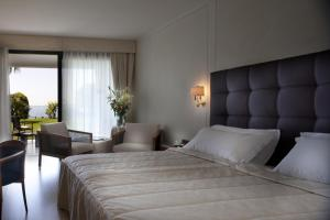 Hotel Villa Capri, Hotel  Gardone Riviera - big - 5