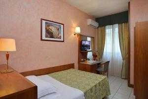 Astor Hotel, Hotels  Bologna - big - 22