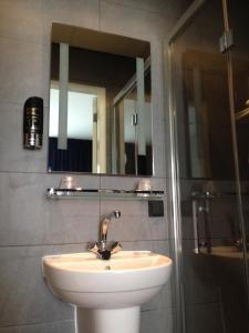 ツインルーム 専用バスルーム付