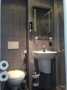 シングルルーム 専用バスルーム