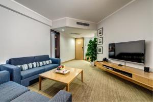 Junior Suite (2 Adults + 2 Children)