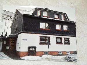 Haus Kordes, Гостевые дома  Винтерберг - big - 13