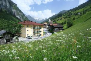 Hotel und Aparthotel Almrösl