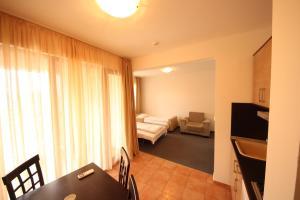 Menada Ravda Apartments, Apartmány  Ravda - big - 105