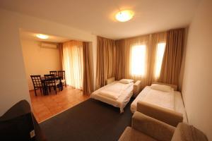 Menada Ravda Apartments, Apartmány  Ravda - big - 104
