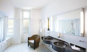 Dvoulůžkový pokoj Premium s manželskou postelí nebo oddělenými postelemi