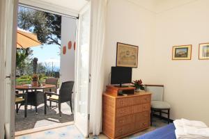 Casa Augusto B&B, Bed and Breakfasts  Capri - big - 7