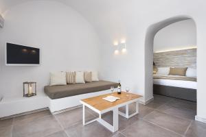 Athina Luxury Suites, Hotels  Fira - big - 26
