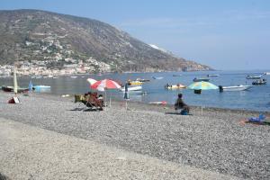 Camping Baia Unci