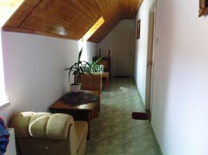 Hortenzia Apartmanház, Apartments  Balatonlelle - big - 13