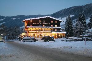 Hotel Staffler, Szállodák  Niederau - big - 21