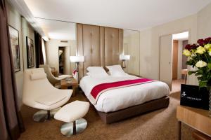 Privilège Hôtel Mermoz, Отели  Тулуза - big - 2