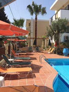 Bueno Hotel, Residence  Platanes - big - 12