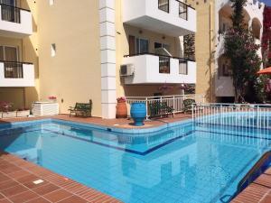 Bueno Hotel, Residence  Platanes - big - 11