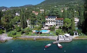 Hotel Villa Capri, Hotel  Gardone Riviera - big - 21
