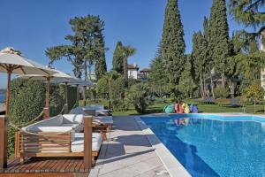 Hotel Villa Capri, Hotel  Gardone Riviera - big - 23