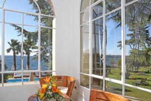 Hotel Villa Capri, Hotel  Gardone Riviera - big - 35