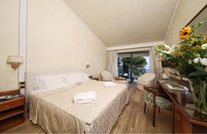 Hotel Villa Capri, Hotel  Gardone Riviera - big - 46