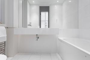 onefinestay - South Kensington private homes II, Apartmány  Londýn - big - 5