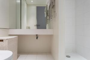 onefinestay - South Kensington private homes II, Apartmány  Londýn - big - 52