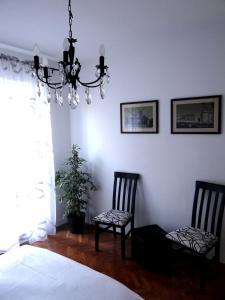 SUNNY apartment in the city centre, Apartmanok  Zára - big - 12