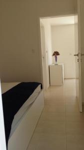 Apartment Helena, Apartments  Tribunj - big - 7