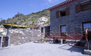 Casa do Barco, Case di campagna  Arco da Calheta - big - 11