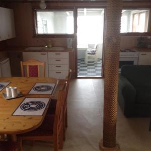 Hammerstad Camping, Комплексы для отдыха с коттеджами/бунгало  Сволваер - big - 31